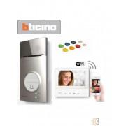 Videofoonkit 363911 binnen- en buitenpost kleur, met geheugen, wifi en badgelezer